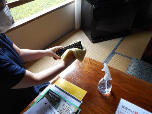 客室アルコール清掃 消毒実施